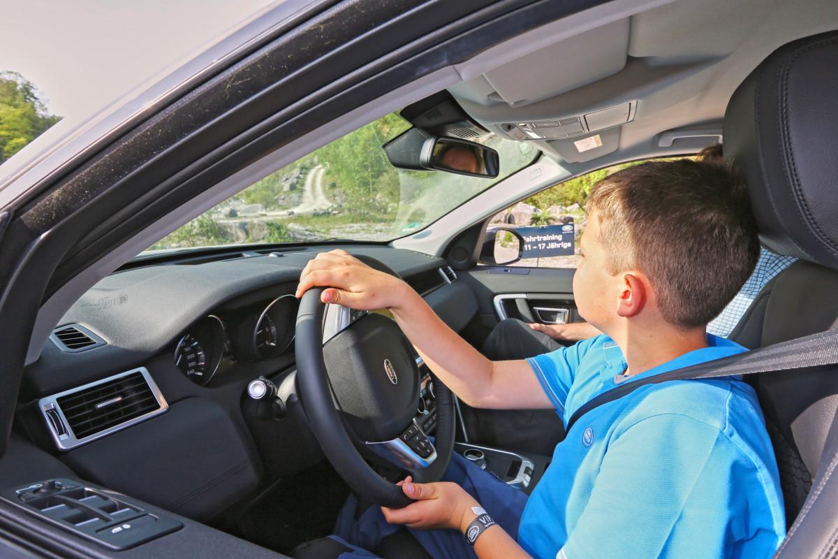 Fahrtraining für 11- bis 17-Jährige