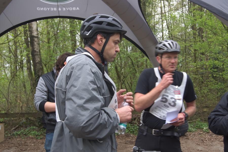 Etwas spät, dafür ohne Cheat-Sheet: Igor nach gemeisterter Mountainbike-Challenge