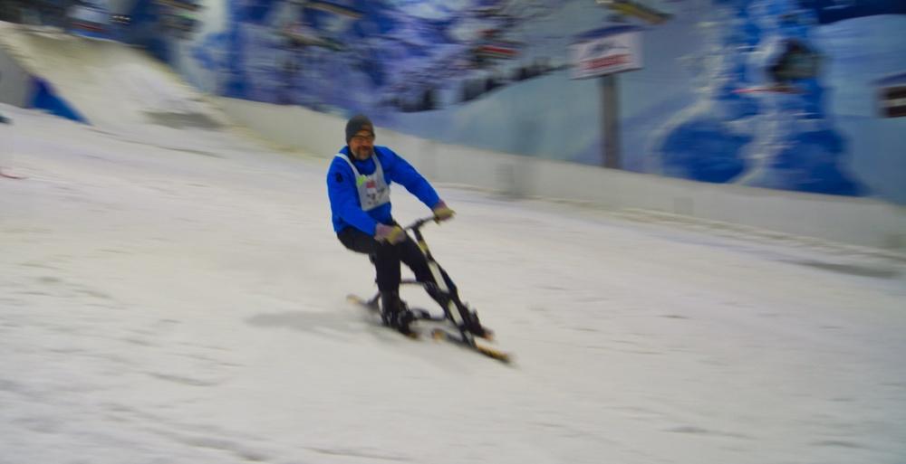 Bei Marco Hornung klappt das Snowbike fahren auf Anhieb
