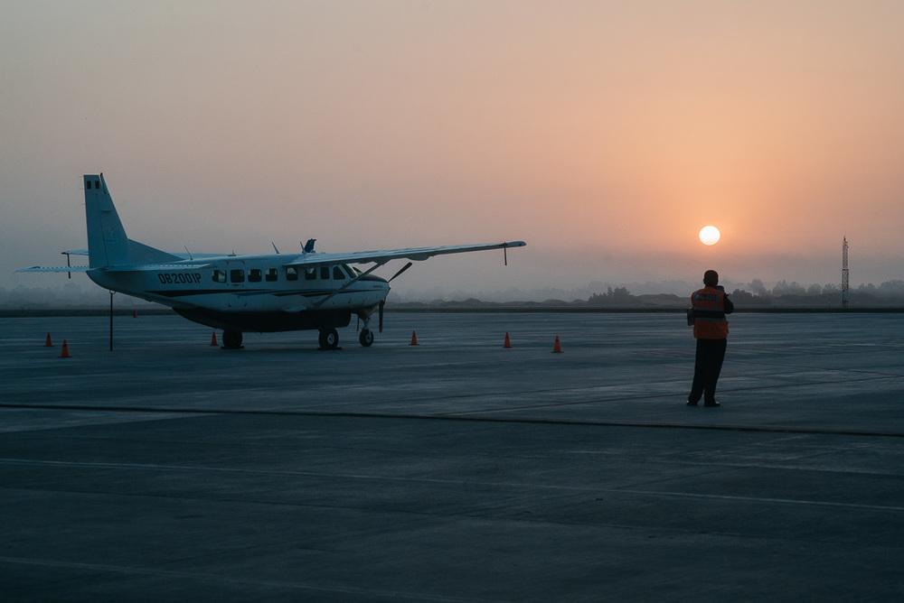 Immerhin einen schönen Sonnenaufgang gabs, den selbst die Mitarbeiter erst einmal fotografieren mussten.