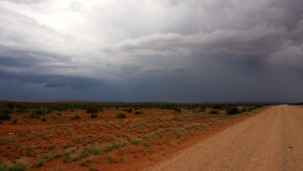 Vor Upington kündigt sich schwerer Regen an