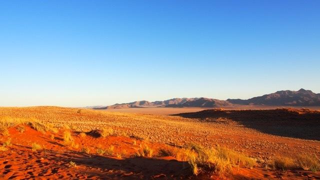 Sonnenuntergang in der Namib Wüste, Namibia © Foto Sabine Lueder
